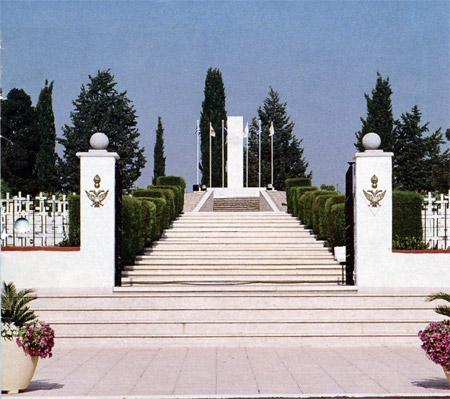 01. Στρατιωτικό κοιμητήριο Τύμβος Μακεδονίτησας - Λευκωσία - Κύπρος