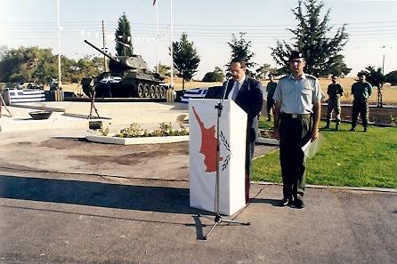 14. Μνημείο Πεσόντων και Αγνοουμένων Αξιωματικών και Οπλιτών Τεθωρακισμένων